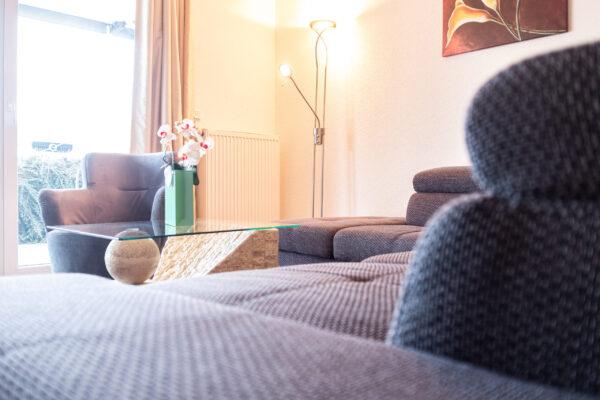 Loungebereich mit Blick in den Thüringer Wald