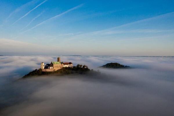 Wartburg bei Eisenach im Nebel